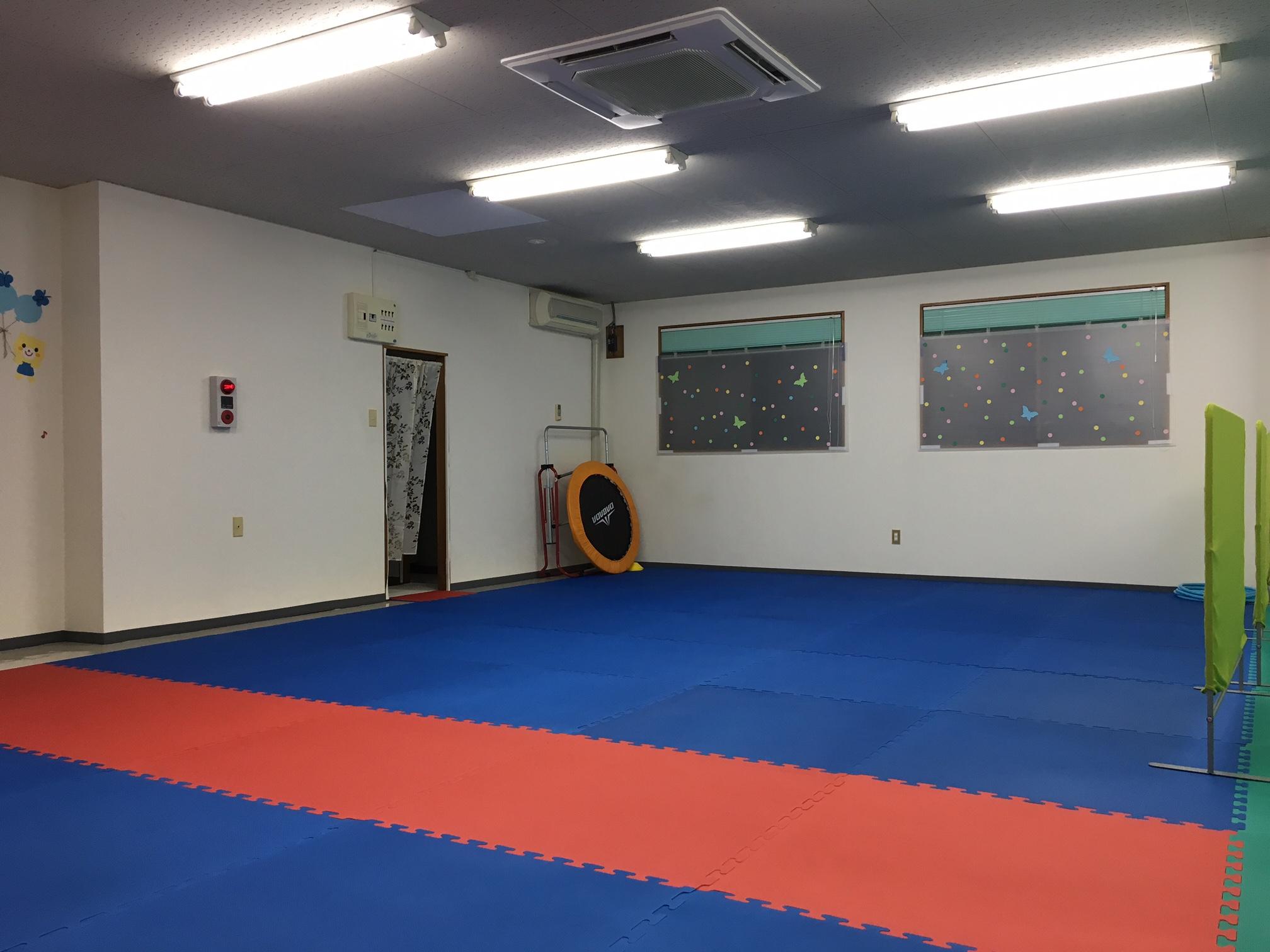 教室内、運動スペース